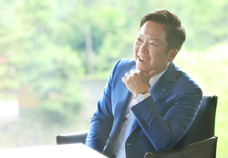 代表取締役社長 CEO 藤田恭嗣